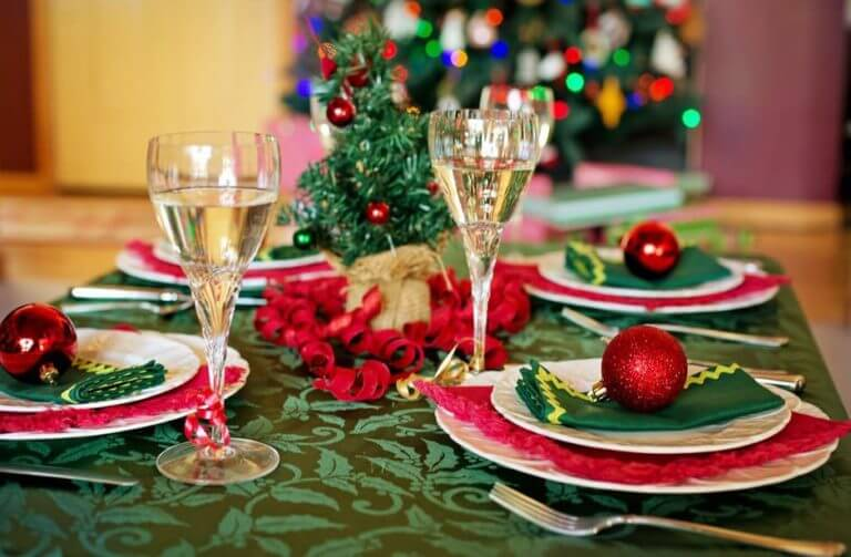 Holiday Tips for deploraization